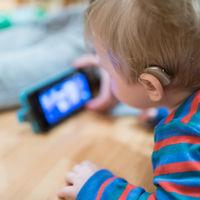 32 millones de niños en el mundo sufren una pérdida de audición discapacitante (y esa cifra podría reducirse a la mitad)