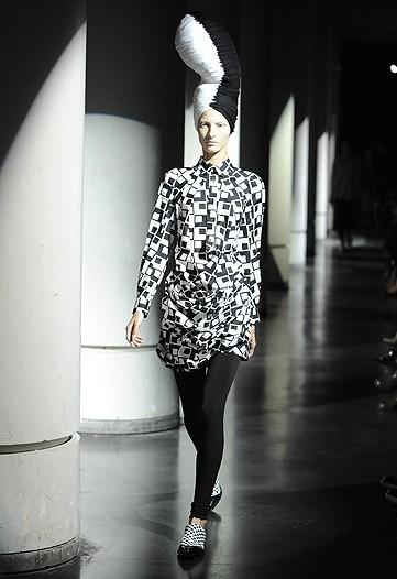Foto de Junya Watanabe, Primavera-Verano 2010 en la Semana de la Moda de París (7/13)