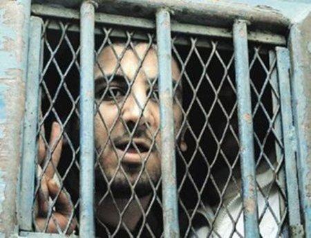 El bloguero que ha cumplido una intolerable condena de cuatros años de cárcel y no es liberado