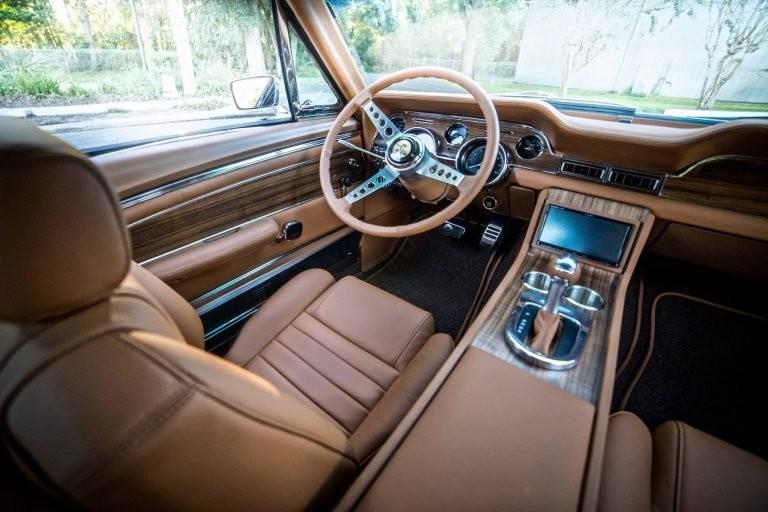 Ford Mustang 68 por Revology