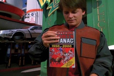 Eb725 Marty Con El Almanaque En Back To The Future Ii 800x533