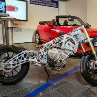 Esta moto con pinta de alien podría adelantar el futuro de las BMW porque está impresa en 3D