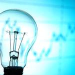 El Gobierno español podría bajar el precio de la luz si quisiera, y él mismo lo reconoce