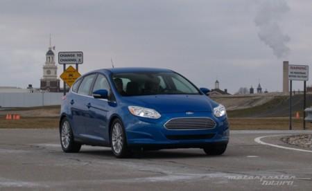 Ford se va a gastar más de 4.000 millones para intentar enchufarse al coche eléctrico: 13 modelos en camino