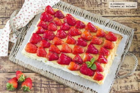 Tarta rápida de fresas con nata y queso crema. Receta