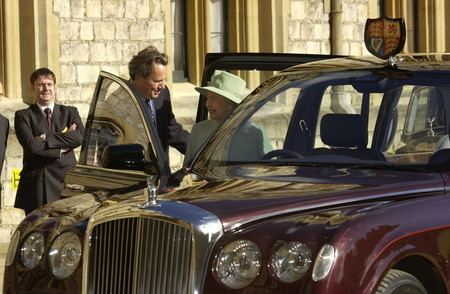 Bentley State Limousine, el coche de Isabel II de Inglaterra