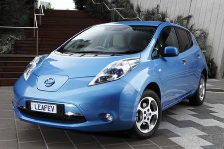 Nissan LEAF 2010 azul 9