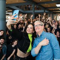 Tim Cook, CEO de Apple, elige a Rosalía para presentar el Homepod (sí, el altavoz inteligente del que tanto hablan)