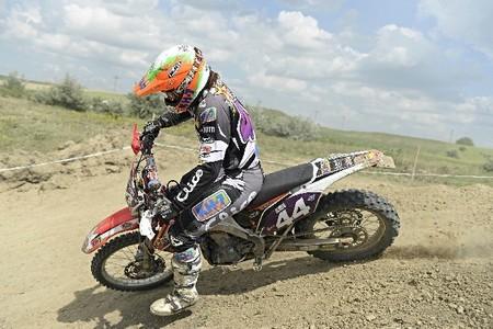 ¿Qué ocurre con la moto de Laia Sanz?