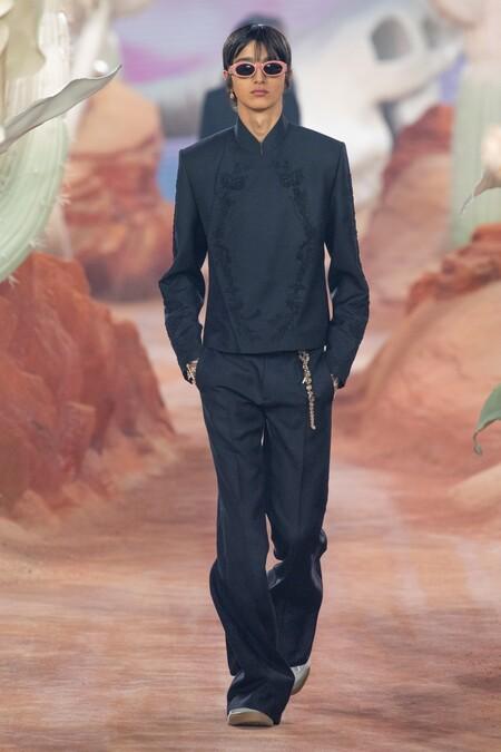 Dior Men Summer 2022 Runway Looks 7