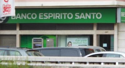Credit Agricole pierde 708 millones de Euros, buenas noticias