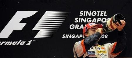 La FIA investiga la victoria de Fernando Alonso en el GP de Singapur 2008