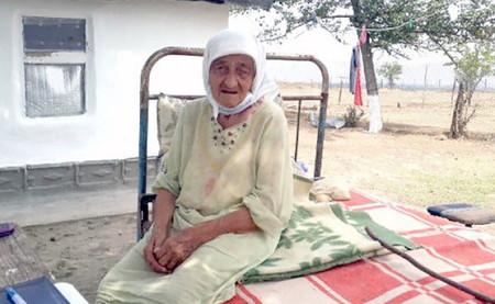 Tras 128 años de cruel existencia, la persona más vieja del mundo está harta de seguir viva