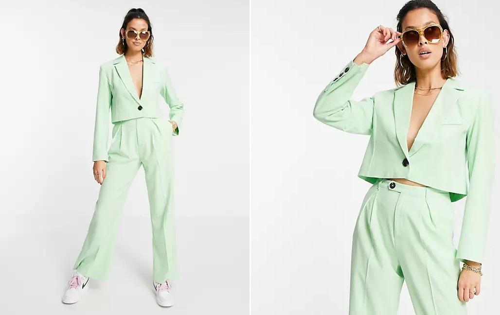 Conjunto verde de americana corta y pantalones de Reclaimed Vintage Inspired