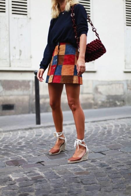 La minifalda se viste de ante