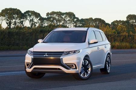 Mitsubishi Outlander PHEV Concept-S, otro que veremos en París