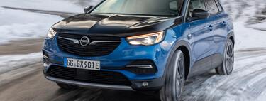Probamos el Opel Grandland X Híbrido Enchufable, un SUV ágil y confortable que cumple en consumo