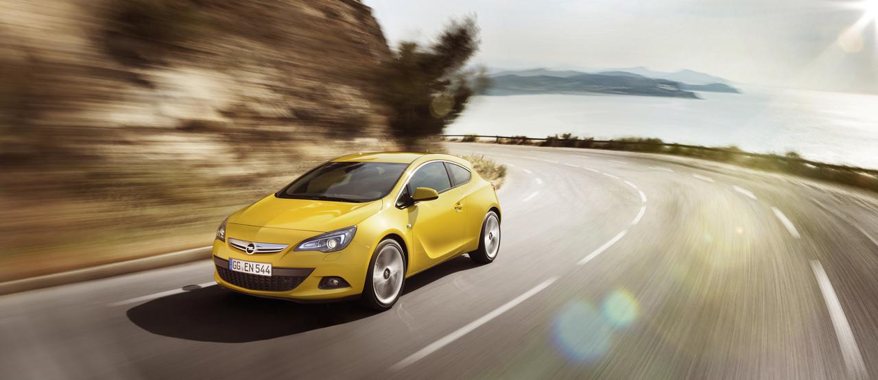 Foto de Opel Astra GTC (18/90)