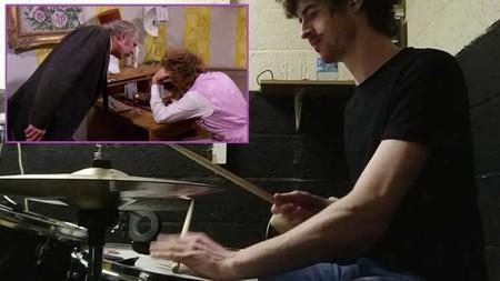 Este chico ha inventado un nuevo género musical: convertir diálogos de películas en solos de batería