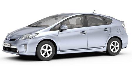 Toyota Prius Plug-in: solo 2,2 l/100 km