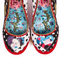 Foto 33 de 88 de la galería zapatos-alicia-en-el-pais-de-las-maravillas en Trendencias