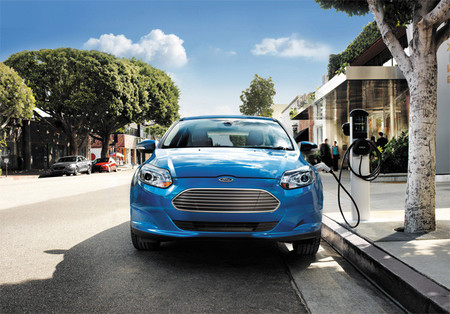 Ford lucha por no quedarse atrás con el Focus eléctrico en Estados Unidos