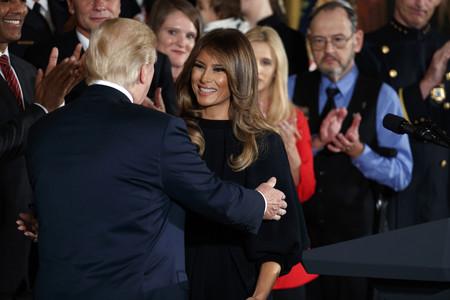 El total look negro no es aburrido y Melania Trump nos lo ha vuelto a demostrar
