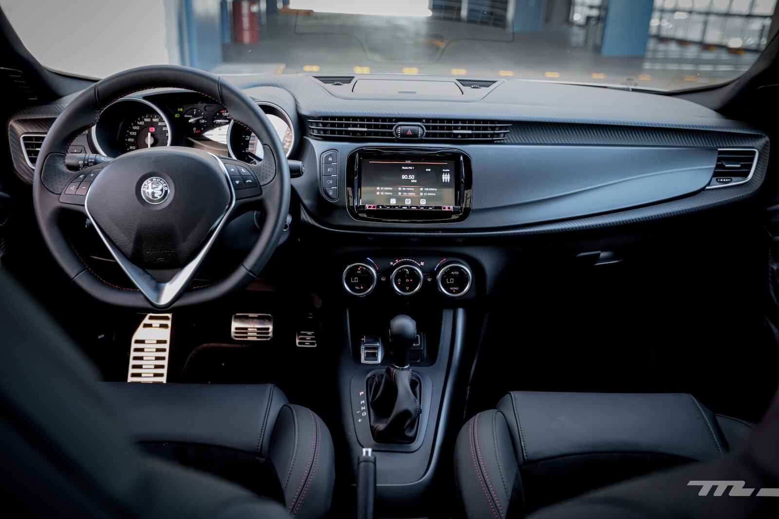 Foto de Alfa Romeo Giulietta 110 Edizione (28/29)