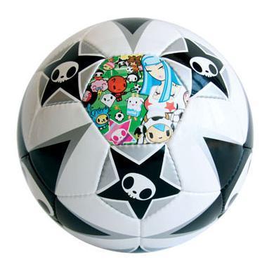 Balón de fútbol Tokidoki en edición limitada