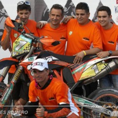 Foto 63 de 63 de la galería albaida-despide-el-campeonato-de-espana-de-supermotard-2011 en Motorpasion Moto