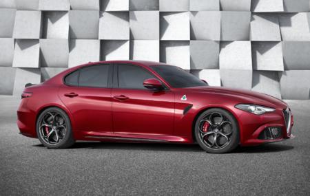 Alfa Romeo nuevo deportivo berlina