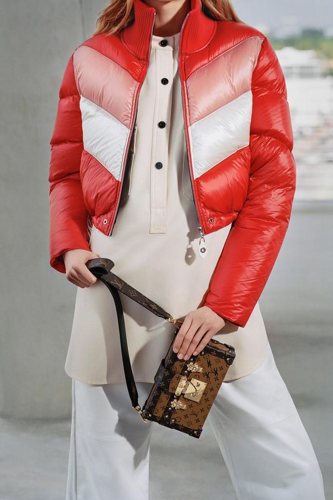 23 Louis Vuitton Pre Fall 17