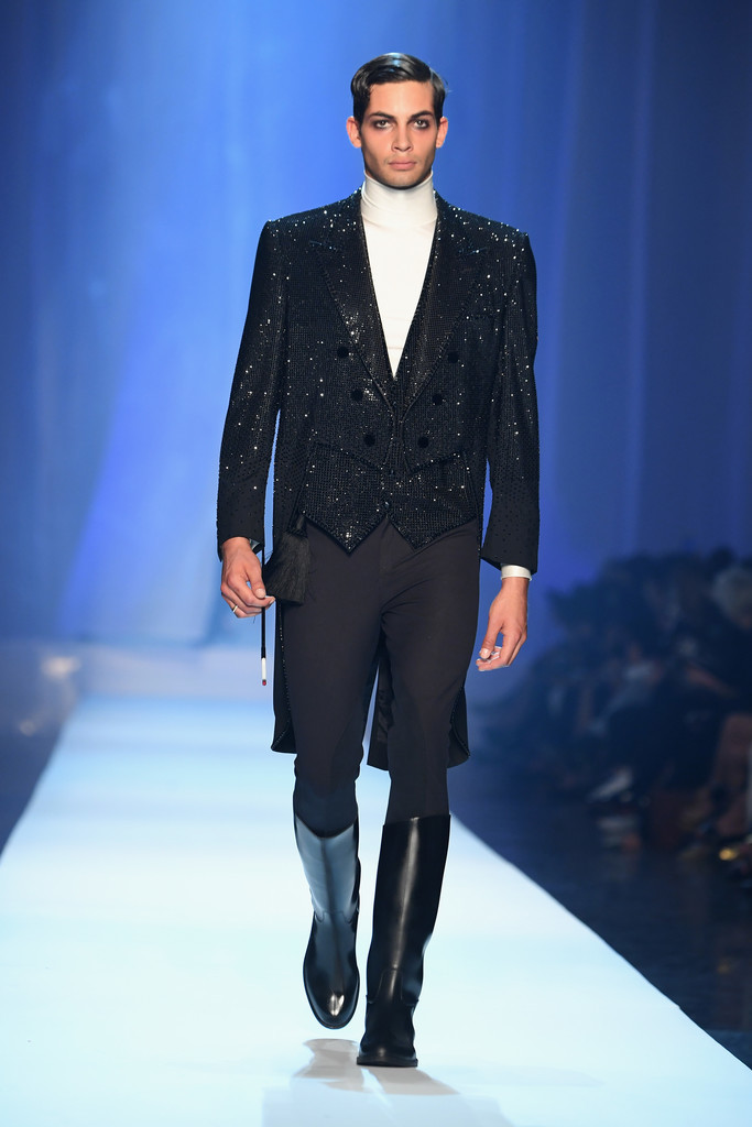 Foto de Jean-Paul Gaultier Fall-Winter 2018 - Paris Haute (1/15)