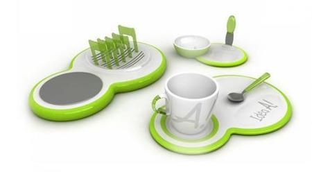 utensilios originales para el desayuno en verde