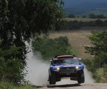 Carlos Sainz gana la primera etapa del Dakar 2011