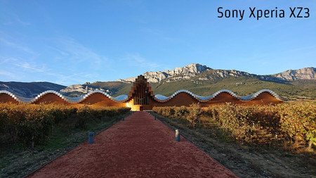 Sony Xperia Xz3 Dia Lejos Auto
