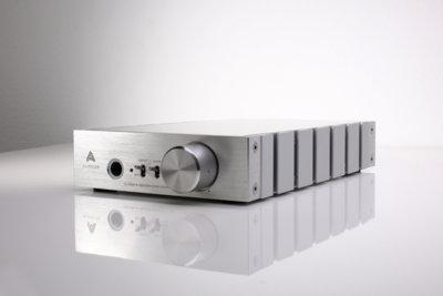 Audeze tiene un nuevo amplificador con DAC para exprimir nuestros auriculares: el Deckard