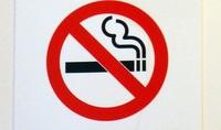 El bar más 'insumiso' a la Ley antitabaco ha cerrado cargado de deudas
