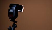 Truco Express: Convertir la luz dura de un flash en una luz más difusa fácilmente