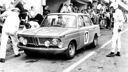 BMW 2000 Ti, cuando hacer menos de 10 minutos en Nürburgring era un hito