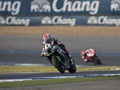 Jonathan Rea logra el doblete en Tailandia tras arrasar en la segunda carrera