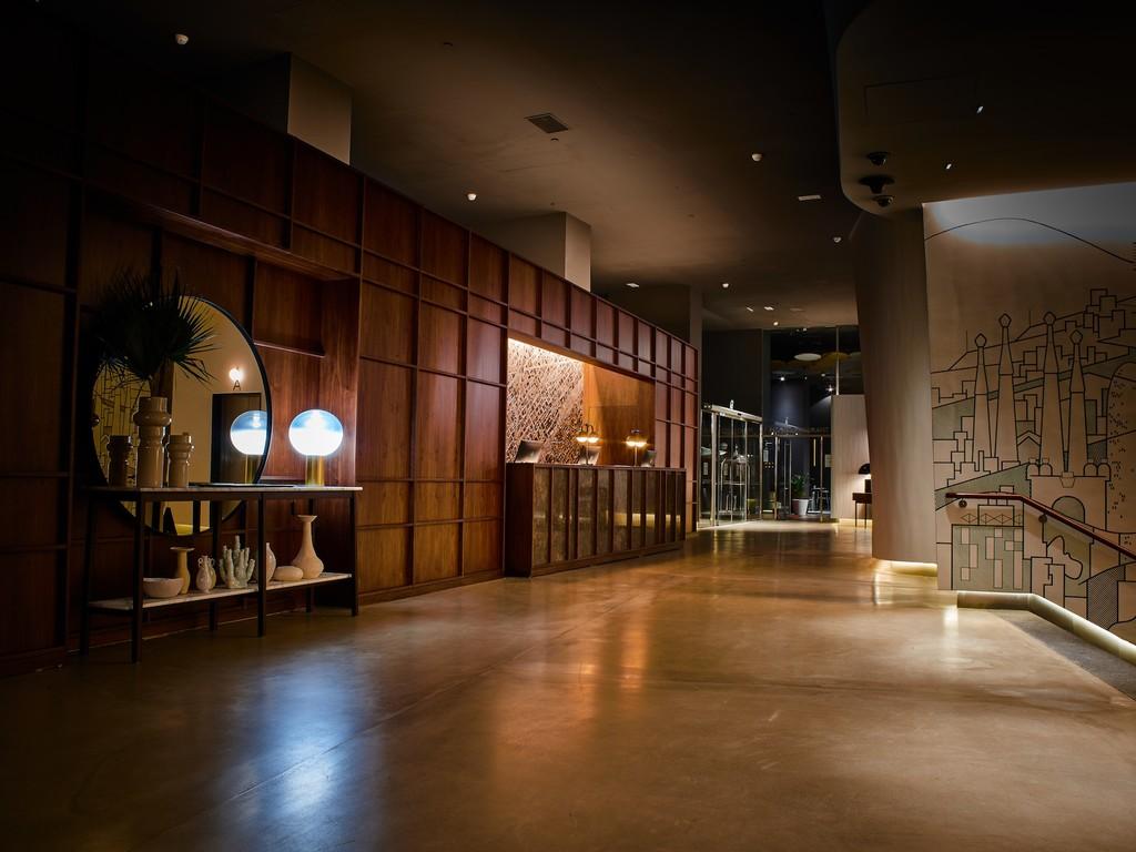 El sello hotelero The Gates entra en Europa por Barcelona con un interiorismo de lujo