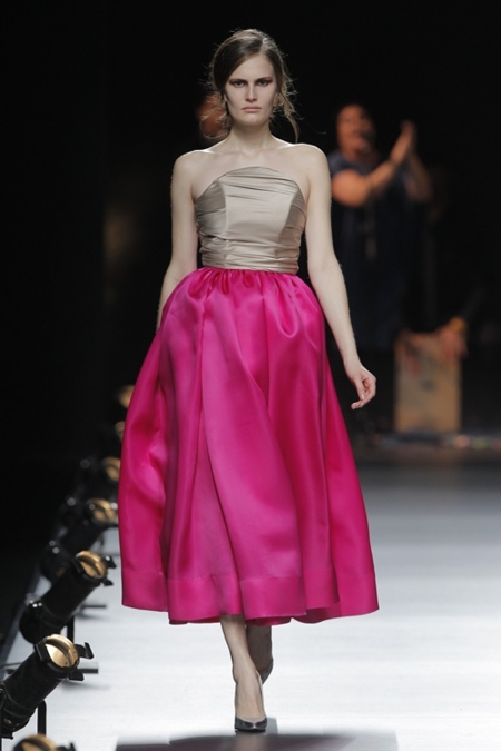 Juan Duyos, premio L'Oréal al mejor diseñador de MBFWM con su colección otoño-invierno 2013/2014