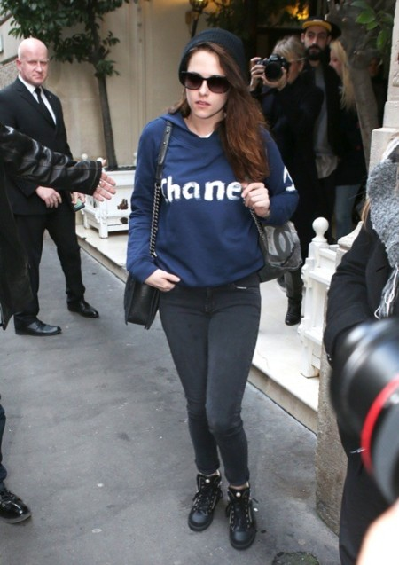 Kristen Stewart ya viste de Chanel (y tira la casa por la ventana)