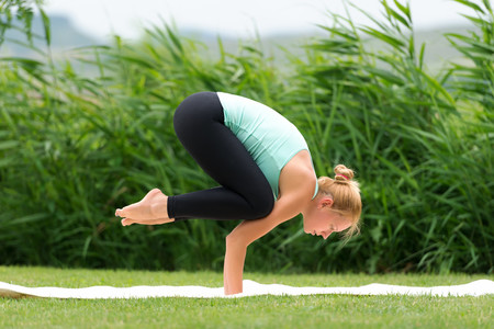 cuervo-yoga