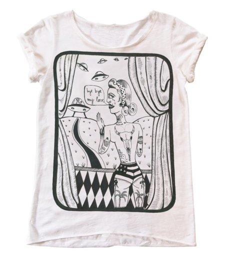 Bershka Miranda Makaroff camiseta