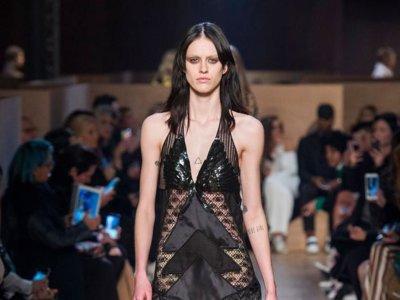 Givenchy nos traslada a Egipto en su colección Otoño-Invierno 2016/2017