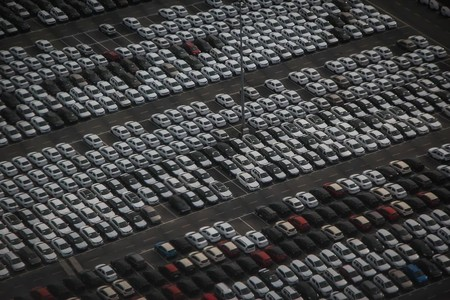 Qué son los 'coches zombies' y por qué la DGT los está persiguiendo