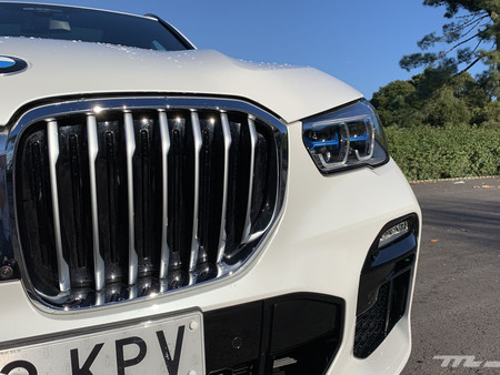 BMW X5 2019 parrilla delantera