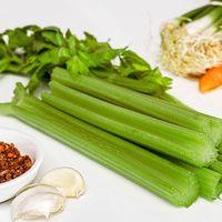 5 razones por las que deberías comer apio para ser más sano